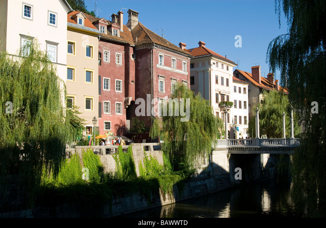 Various Architectural Styles Along the Ljubljanica River - Stock-Bilder