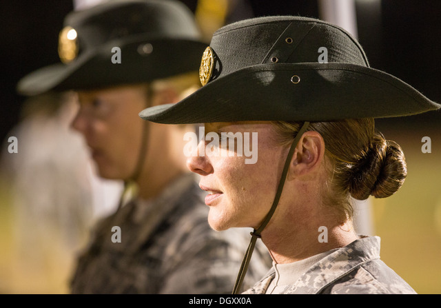how to become a drill instructor in the army