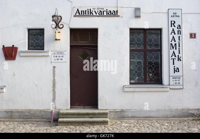 Antikvariaat ( Antiquarian shop ) Väike-Turu 3, Viljandi, Estonia - Stock Image