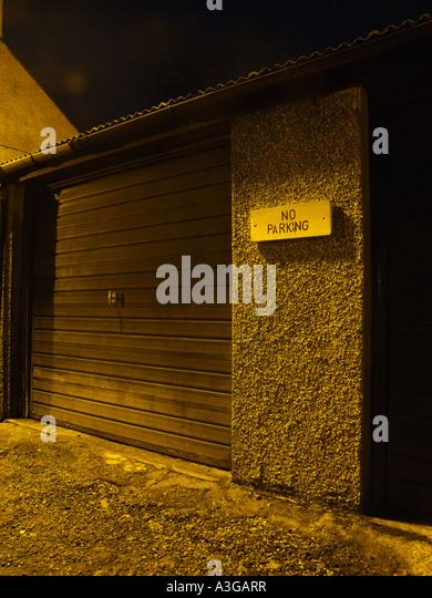 Shut door vehicle stock photos shut door vehicle stock for Garage door repair round lake il