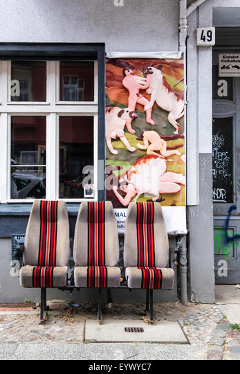 BSA Berlin Selected Artists studio shop exterior with upholstered chairs and artwork in Choriner Strasse, Berlin - Stock Image