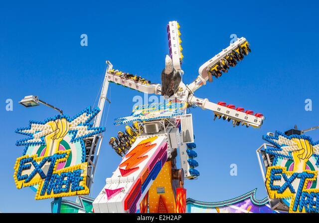 Foire du trone paris stock photos foire du trone paris for Amusement parks in paris