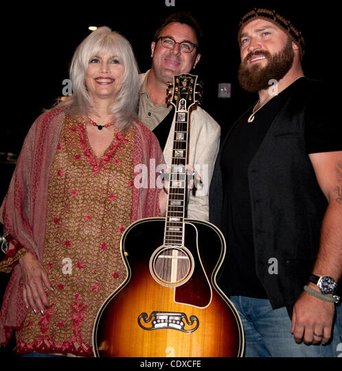 Sept. 13, 2011 - Los Angeles, California, USA -  Emyylou Harris, Vince Gil and Zac Brown pose prior to the Country - Stock Image