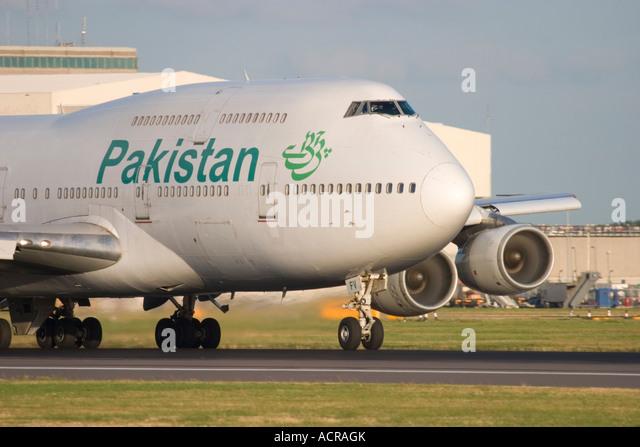 Pakistan International Airlines PIA Boeing 747-367 at London Heathrow Airport England UK - Stock Image
