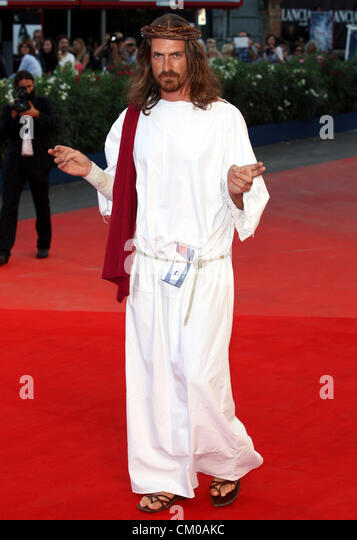 JESUS GOES TO THE MOVIES PASSION. PREMIERE. 69TH VENICE FILM FESTIVAL. VENICE  ITALY 07 September 2012 - Stock Image