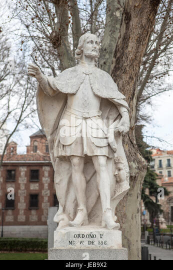 Madrid, Spain - february 26, 2017: Sculpture of Ordono I King at Plaza de Oriente, Madrid. He was was King of Asturias - Stock Image