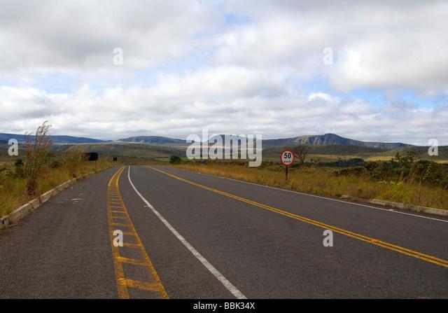 Road from Povoado de São Jorge (Saint George Village) to Alto Paraiso Goiás Brazil South America - Stock Image