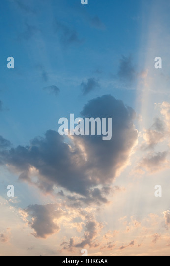 Heart shape cloud and sunset in india - Stock Image