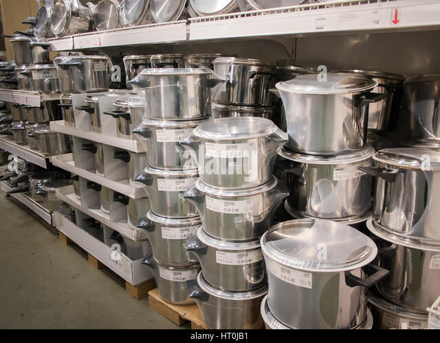 pots and pans stock photos pots and pans stock images alamy. Black Bedroom Furniture Sets. Home Design Ideas