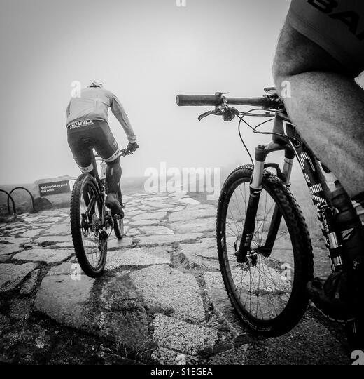 Mountain biking towards Kosciusko, Australia - Stock-Bilder