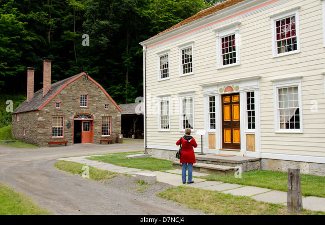 New York, Cooperstown, Farmers' Museum. Federal-style More House. Educational, tourism, or editorial use only. - Stock Image