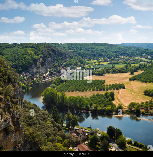 Dordogne River, France - looking towards La Roque Gageac - Stock-Bilder