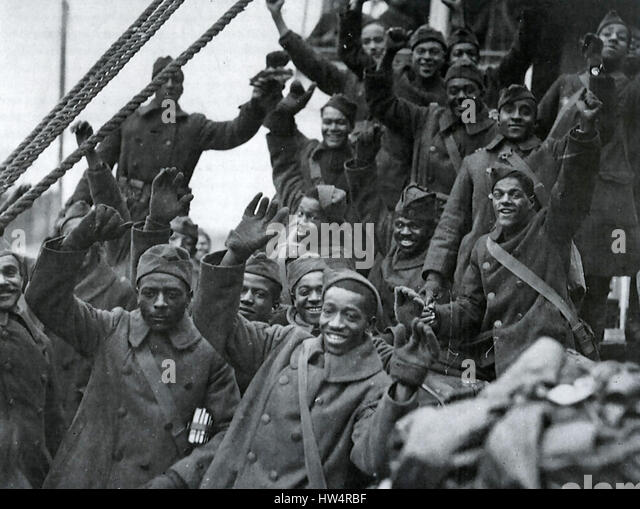 FIRST WORLD WAR : African-American soldiers celebrate their homecoming to new York in 1919 - Stock-Bilder