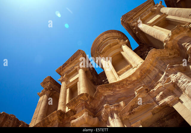 Ancient temple in Petra, Jordan - Stock Image