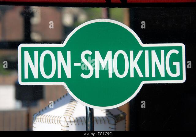 non smoking sign