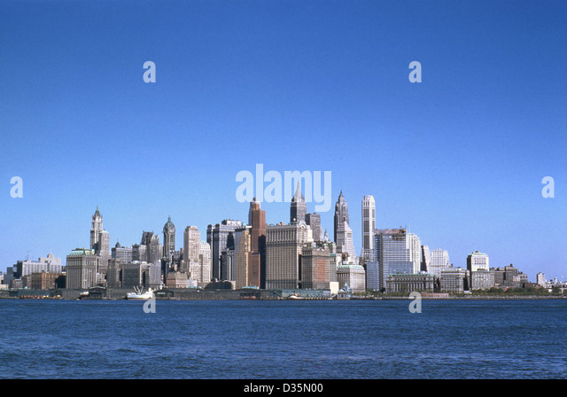 Vintage October 1958 photograph, Lower Manhattan from the East River. - Stock Image