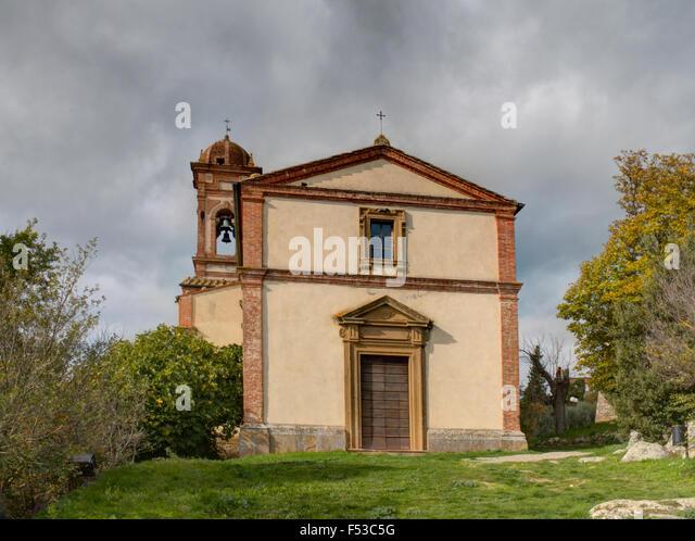 Europe, Italy, Tuscany, Montefollonico. San Leonardo Church, the Romanesque parish church in the medieval town of - Stock-Bilder