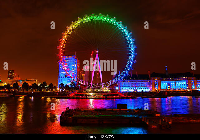 London, UK. 29th September 2016. The London Eye was illuminated in colourful Rainbow colours for to promote the - Stock Image