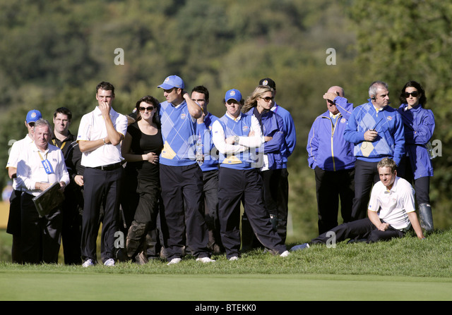 TENSE MOMENTS ON THE 15TH HOLE 2010 RYDER CUP CELTIC MANOR R CELTIC MANOR RESORT CITY OF NEWPORT WALES 04 October - Stock Image