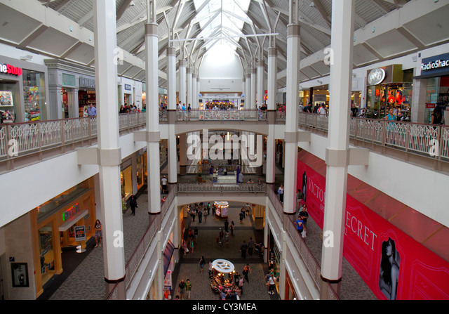 Rhode Island Providence Providence Place Mall shopping inside interior multi-level overview - Stock Image
