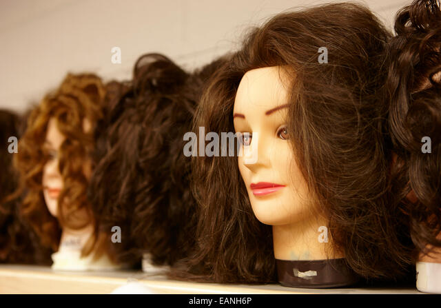 Mannequins Room Stock Photos amp Mannequins Room Stock  : hairdressing practice heads in a training room eanh6p from www.alamy.com size 640 x 447 jpeg 73kB