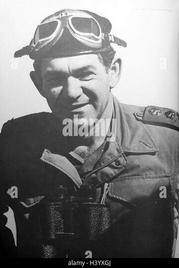 Photograph of David Elazar (1925-1976) Chief of Staff of the Israel Defence Forces. Dated 20th Century - Stock Image