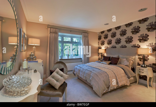 Chigwell Stock Photos & Chigwell Stock Images - Alamy