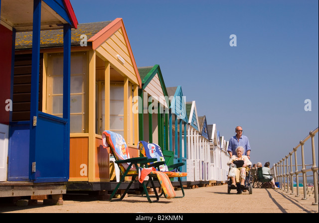 Beach Hut Uk People Stock Photos Amp Beach Hut Uk People