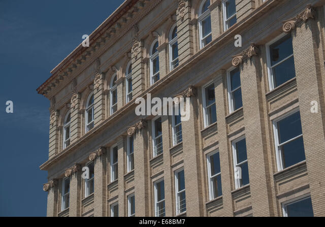 New Bern, North Carolina architecture. Pollock St - Stock Image
