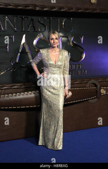 Harry Potter author J.K. Rowling arrives to the European premiere of the film 'Fantastic Beasts and Where to - Stock-Bilder