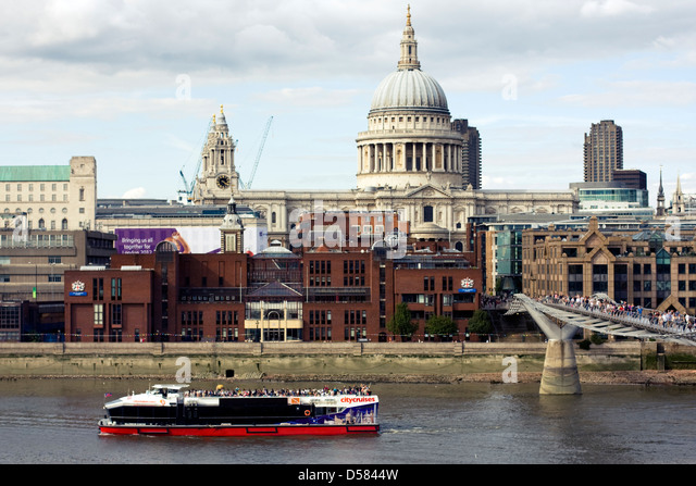 St Paul's Cathedral, Millennium Bridge and City Of London School, London, England, UK - Stock Image