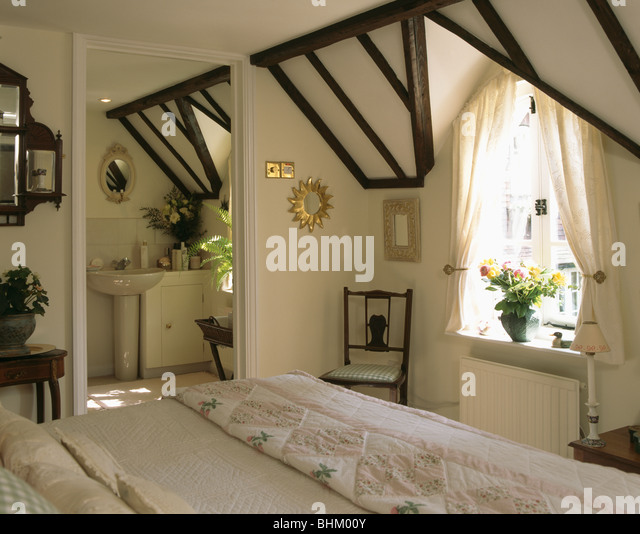 attics cottage interiors traditional stock photos  u0026 attics