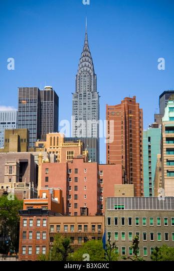 Chrysler building on skyline in New York City - Stock-Bilder