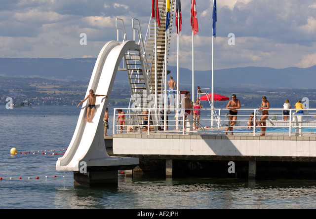 lac leman swimming stock photos lac leman swimming stock images alamy. Black Bedroom Furniture Sets. Home Design Ideas