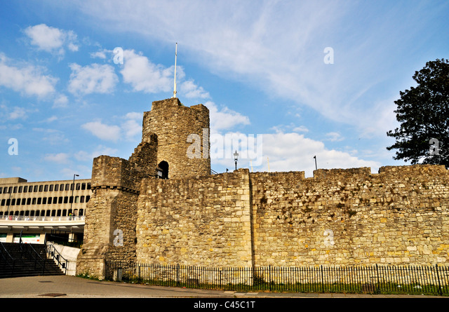 Arundel Tower also given the nickname Windwhistle Tower was built in 1290 as part of the defensive town walls, Southampton - Stock-Bilder