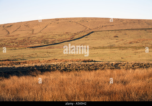 The empty lodge to the north of Four Acre Mill with Fecit Hill in the background Cheesden Pasture(continued...) - Stock Image