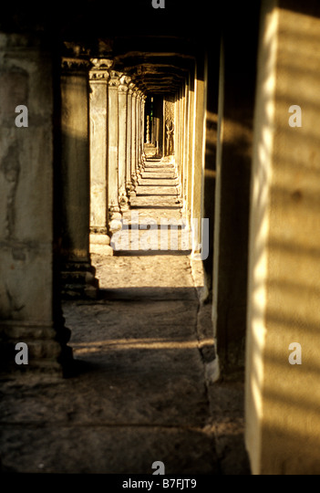 Ruins of  the 12th century Khmer temple of Angkor Wat- Angkor Wat ruins near Siem Reap, Cambodia - Stock-Bilder