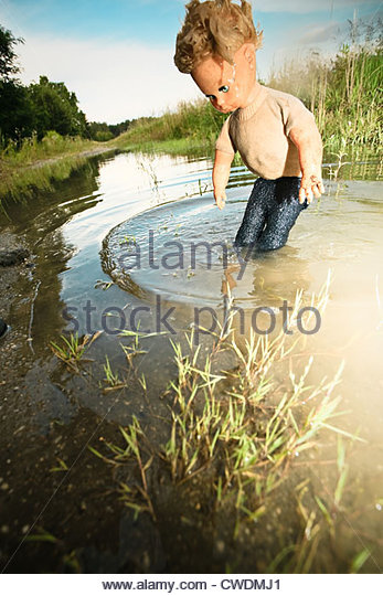 Surrealism stock photos surrealism stock images alamy for Rene magritte le faux miroir