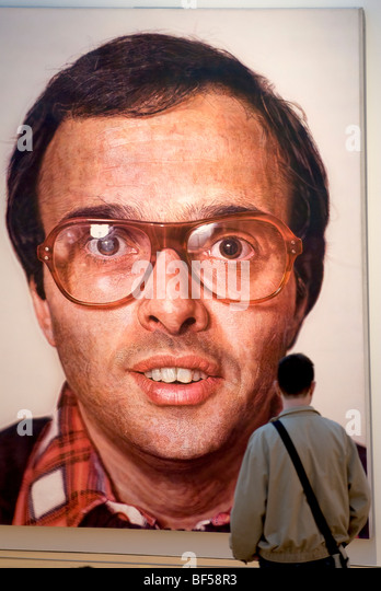 An introduction to the life and work of chuck close an american photorealist