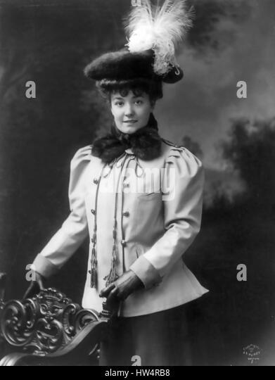 MILLICENT HEARST (1882-1974) vaudeville actress and wife of William Randolph Hearst in 1906 - Stock-Bilder