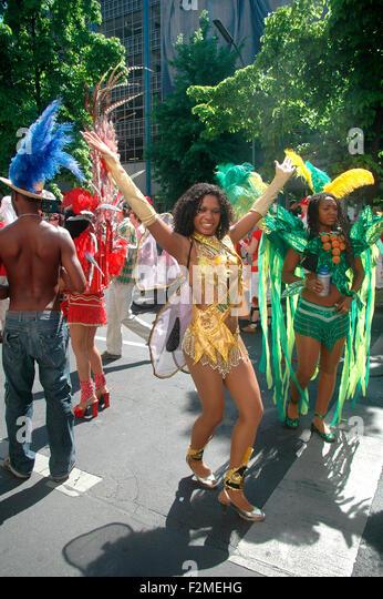 Impressionen: Strassenumzug Karneval der Kulturen, 11. Mai 2008, Berlin-Kreuzberg. - Stock-Bilder