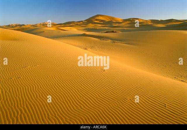 Dunes of the Erg Chebbi, Sahara Desert near Merzouga, Morocco, North Africa - Stock Image
