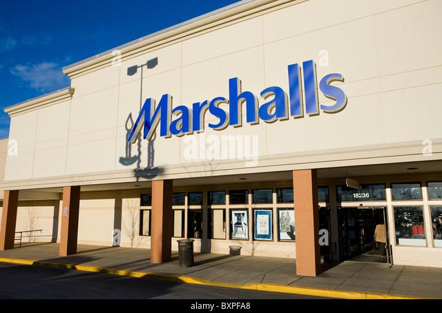 Marshalls clothing stores