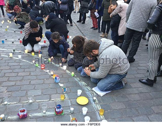 Molenbeek-Saint-Jean, Belgium. November 18th, 2015. BELGIUM, Brussels: Residents hold a vigil in the Brussels, Belgium - Stock Image