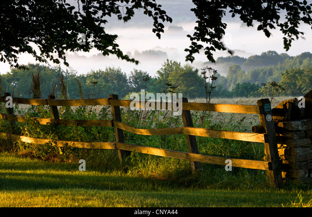 Countryside scenery of the Cotswolds, Gloucestershire, England. Summer 2011 - Stock Image