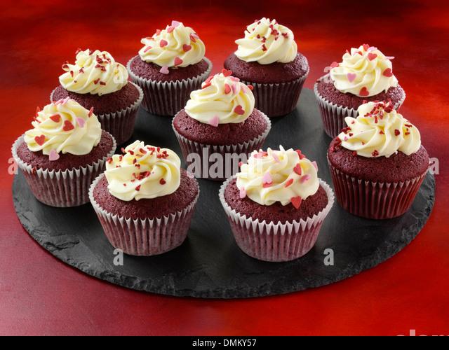 Candy Heart Sprinkles Vanilla Frosting Red Velvet Cupcakes ...