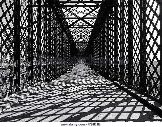 Sunlight Falling On Bridge Walkway - Stock-Bilder