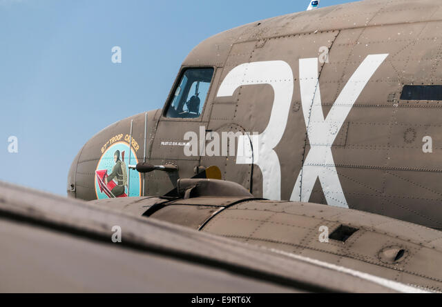 Side view of the cockpit and front of a C-47 Dakota aeroplane - Stock Image