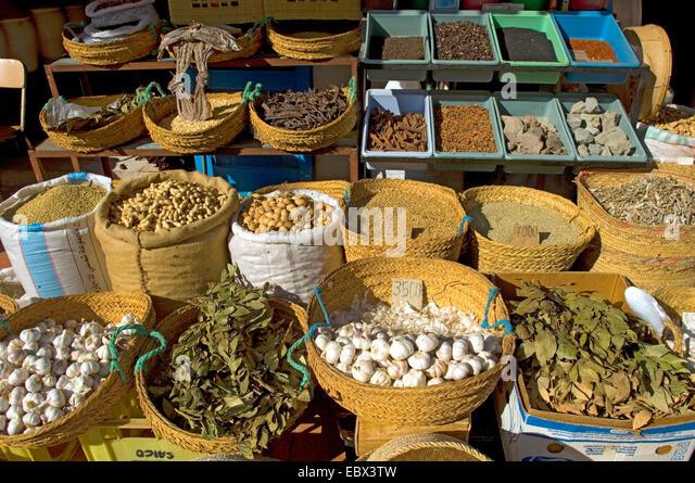spice booth at the food market, Tunisia, Djerba - Stock Image