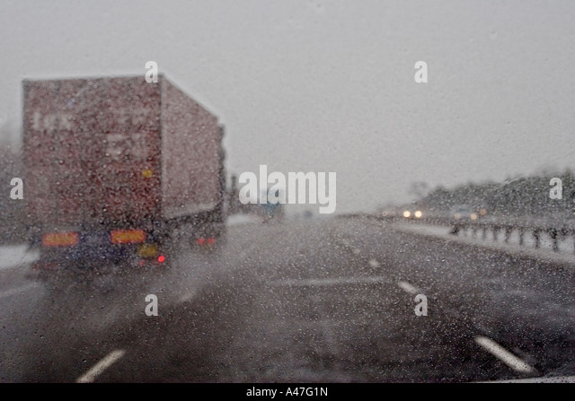 articulated lorry motorway m40 stock photos articulated lorry motorway m40 stock images alamy. Black Bedroom Furniture Sets. Home Design Ideas